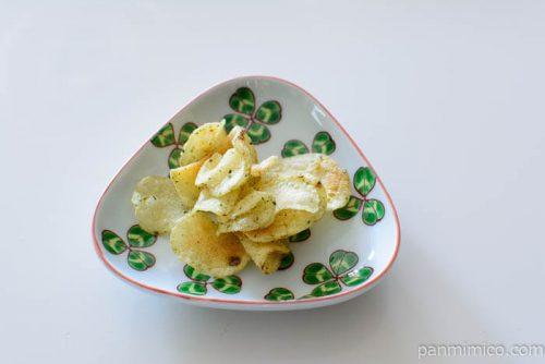 堅あげポテトのり味皿盛り
