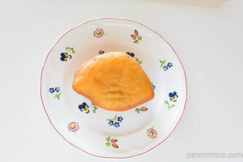 ヤマザキ揚げピッツァソーセージ&ブラックペッパーマヨ味