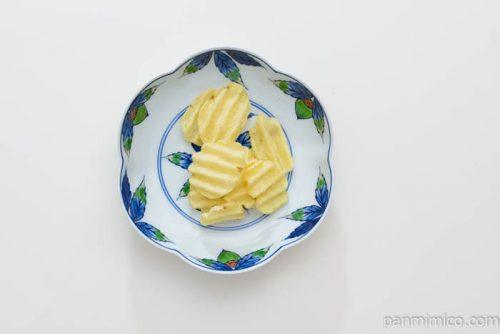 カルビーグランカルビーポテトビートしお味皿盛り