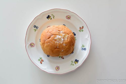パスコとろけるカスタードのトロペジェンヌ皿盛り