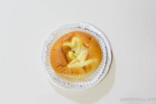 ヤマザキゴロッとじゃがベーコンのパン皿盛り