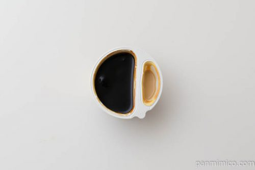 森永乳業リッチソースプラスキャラメルラテ風コーヒーゼリー中身