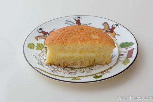 ローソン北海道小麦春よ恋練乳サンド中身