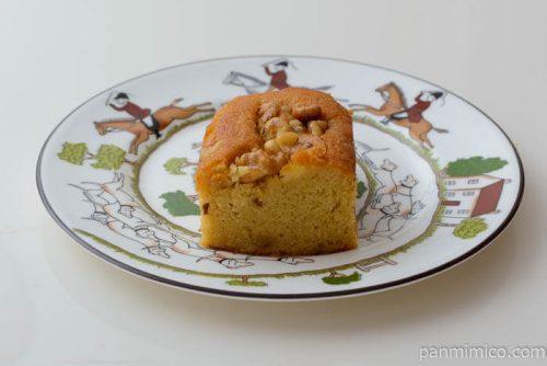 ローソンブランのくるみパウンドケーキ中身