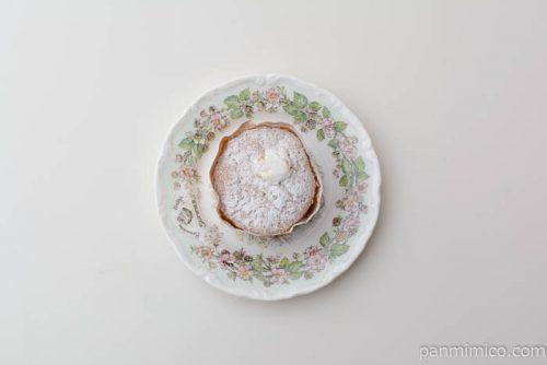 サンローゼふわふわシフォンケーキクリーム皿盛り