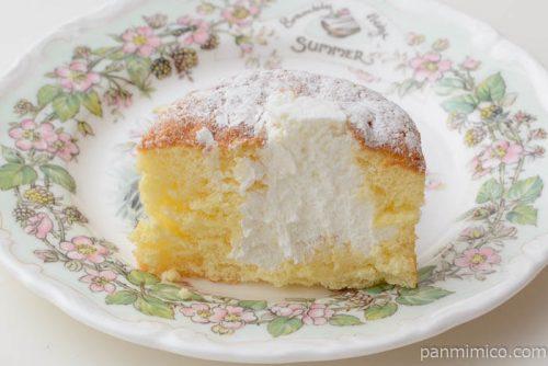 サンローゼふわふわシフォンケーキクリーム中身