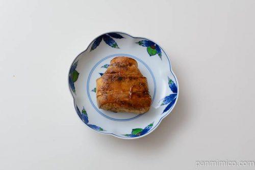 ファミマ炙り焼肉巻おむすびピリ辛コチュジャン皿盛り