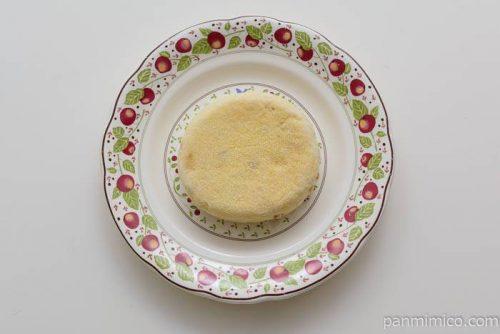 パスコイングリッシュマフィンライ麦入り皿盛り
