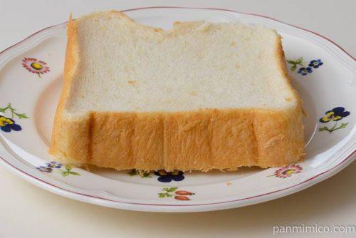 パスコ小麦粉と米粉で作った食パンナナメ