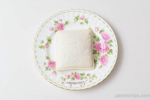 ヤマザキランチパックベリーベリーストロベリー風皿盛り