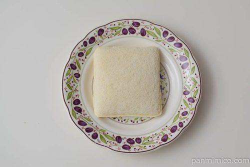 フジパンスナックサンドピーナツ皿盛り