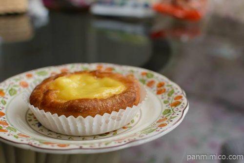 神戸屋レモンチーズケーキパン皿盛り