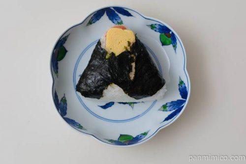 セブンイレブン直巻おむすびだし巻めんたい皿盛り
