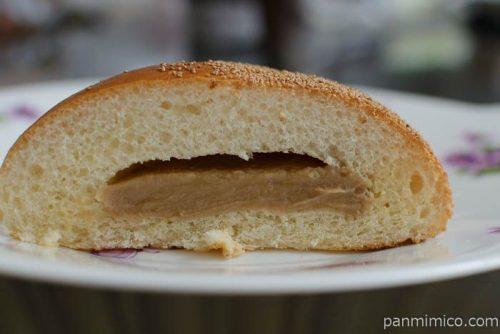 ファミママロンクリームパン中身