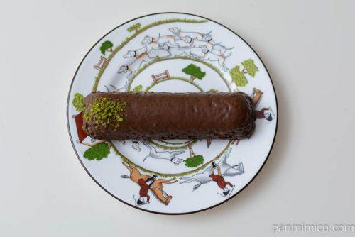 ローソンオリーブオイルのチョコケーキ皿盛り