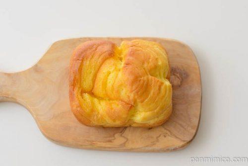 ローソンブリオッシュバターブレッド皿盛り