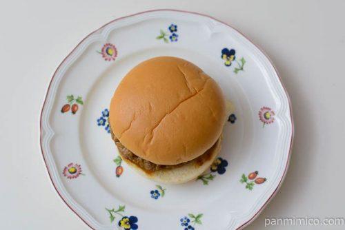 ファミマてりやきレタスバーガー皿盛り