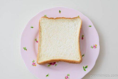 タカキベーカリー朝の食パン皿盛り