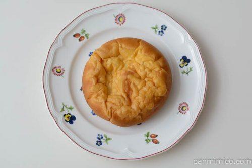 ヤマザキホワイトシチューのパン皿盛り