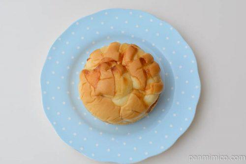 フジパンもっチーズバジル風味皿盛り