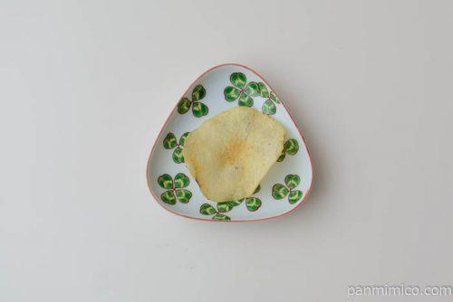 カルビーポテトチップスぼっかけ味皿盛り