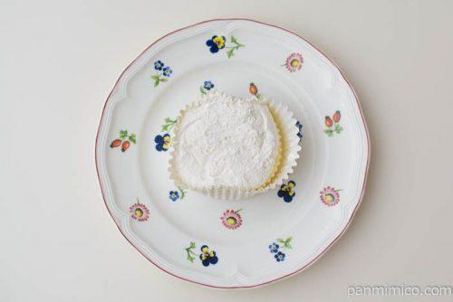 フジパンスプーンで食べるくちどけ蒸しスフレ皿盛り