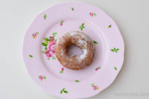 第一パンキャラメルケーキドーナツ皿盛り