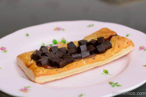 キャラメルの風味豊かなチョコレートパイ【ローソン】横