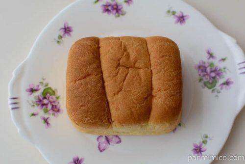 バター風味のちぎれるブリオッシュパン【ヤマザキ】皿盛り