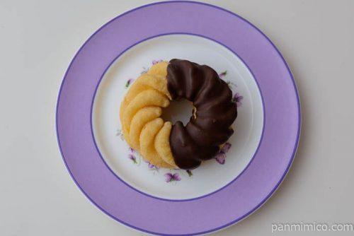 ヤマザキ 冷たいフレンチクルーラー(カスタード&ホイップ)皿盛り