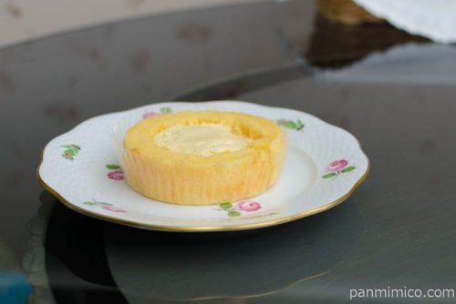 UchiCafe' SWEETS × 八天堂 カスタードくりーむロールケーキ皿盛り