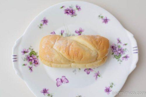 クッキー&クリーム コッペパン【ヤマザキ】皿盛り