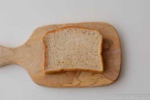 低糖質ブラン食パン【パスコ】皿盛り