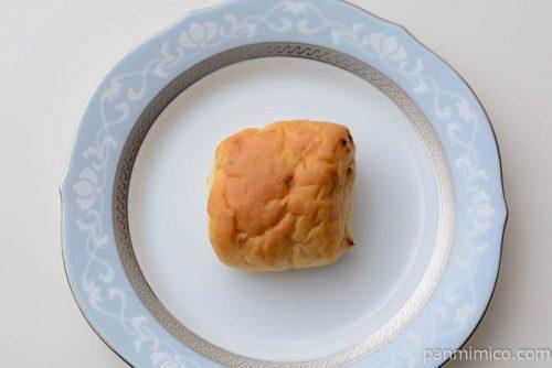 ゆめちから入り塩こんぶチーズパン【パスコ】皿盛り