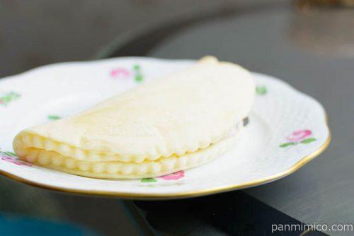 ヤマザキ もち食感オムレット チョコチップ&クッキークリーム横