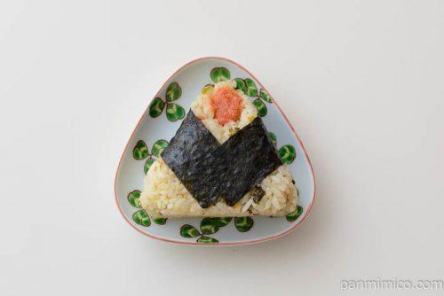 直巻おむすび 高菜混ぜ飯と明太子【セブンイレブン】皿盛り