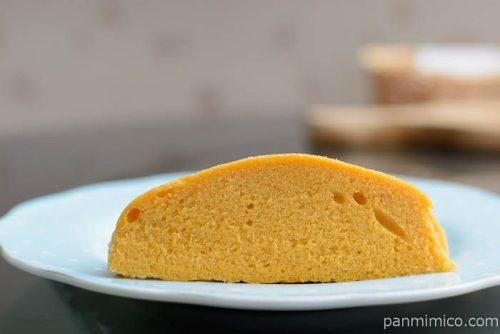 ラ・ベットラ オレンジと紅茶のスチームケーキ【第一パン】中身