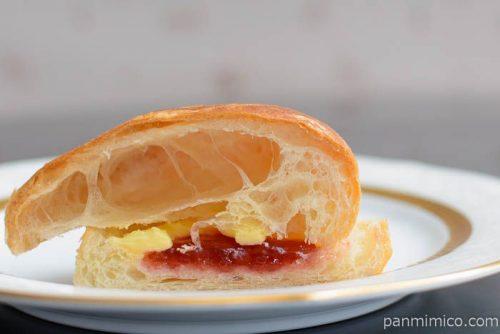 パフデニッシュ いちごジャム&マーガリン【第一パン】中身
