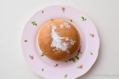 こだわりのつぶあん&ホイップパン(六甲山麓牛乳入りホイップ使用)ヤマザキ皿盛り