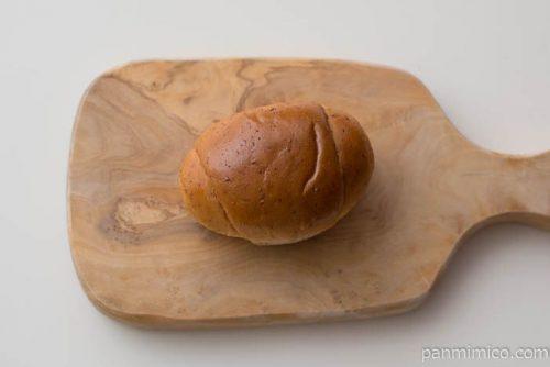 全粒粉入りテーブルロール(4)【ヤマザキ】皿盛り