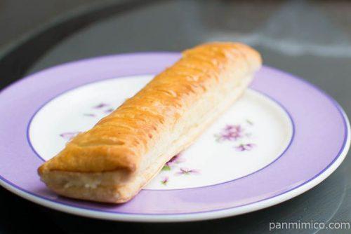 北海道牛乳入り ミルククリームと小豆のパイ【ヤマザキ】横