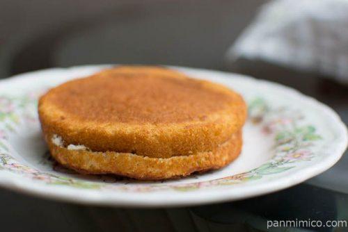 ローソン ブランのパンケーキ 2個入(メープル&ホイップ)横