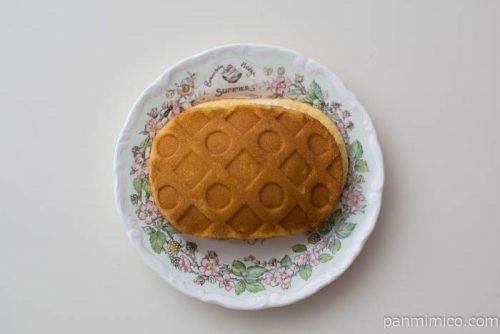 ムースを味わうチョコムースのワッフル【ヤマザキ】皿盛り