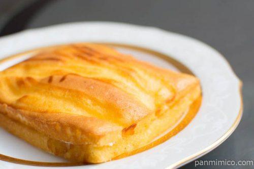 4種のチーズのベイクドケーキ【デイリーヤマザキ】横