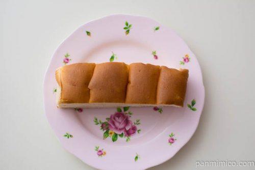 パスコ 大人の味わい牛乳パン オレンジ&ヨーグルトクリーム皿盛り