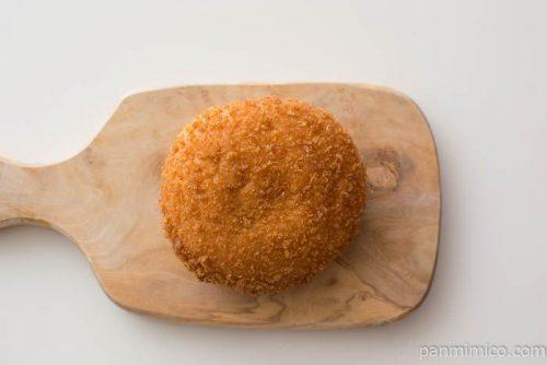 ごろっとしたチキンのスパイシーカレーパン【ローソン】皿盛り