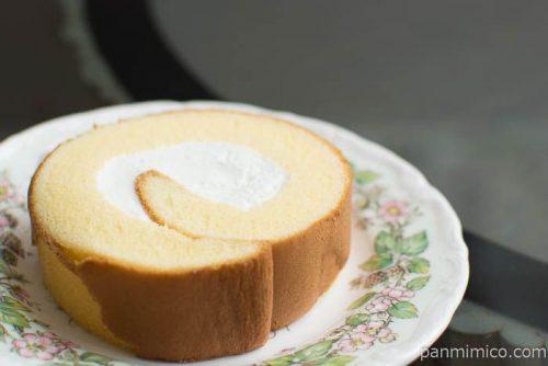 しっとりロールケーキ(塩チーズ)【ヤマザキ】横