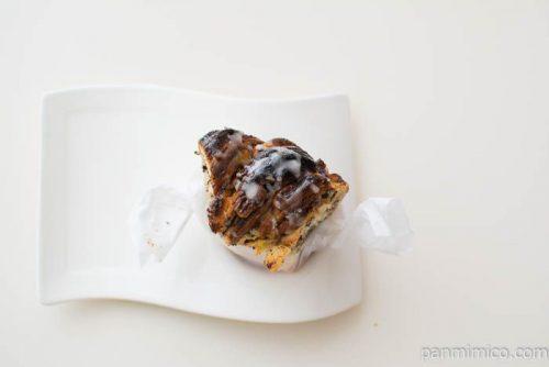 ブランジェリー・プチ・ブレくるみの入ったパンを上から見た図