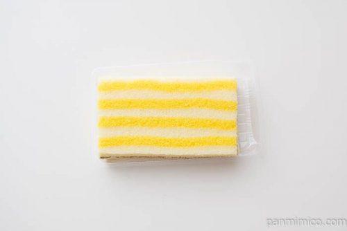 レモンのサンドケーキ【ファミリーマート】上から見た図