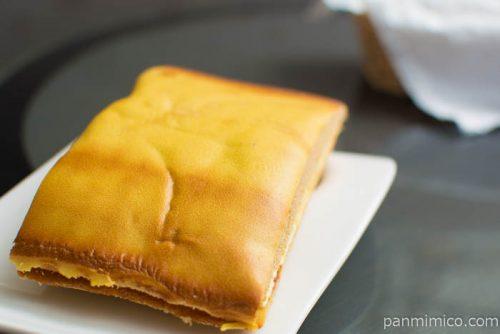 栗のサンドケーキ【ヤマザキ】横から見た図